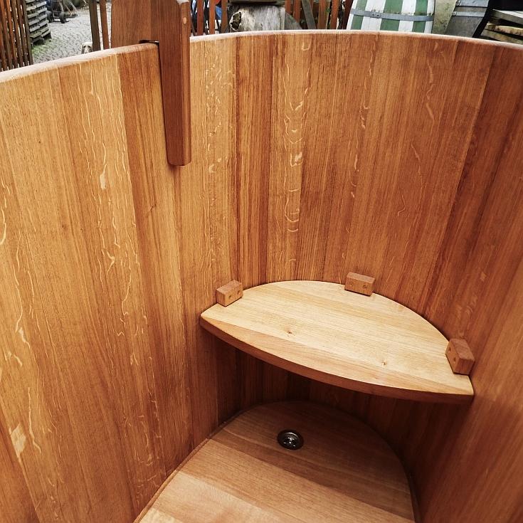 holzbadewanne badebottich holz f r k rper und seele bottichbau. Black Bedroom Furniture Sets. Home Design Ideas